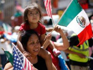 mexican-flag-us-flag